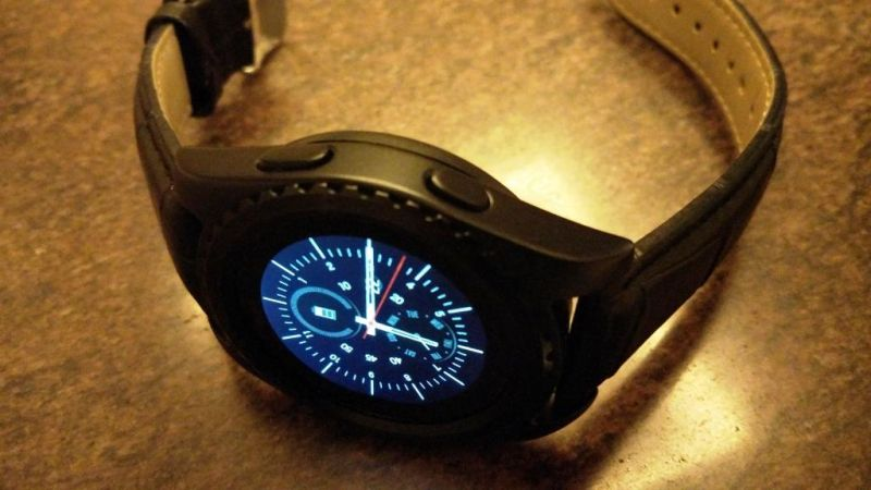 Noise Loop Lite smartwatch