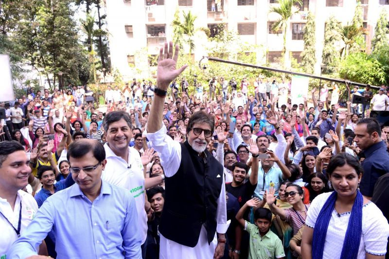 Bachchan also took to Twitter to share pictures from the event and stressed on the importance of  cleanliness to his fans.