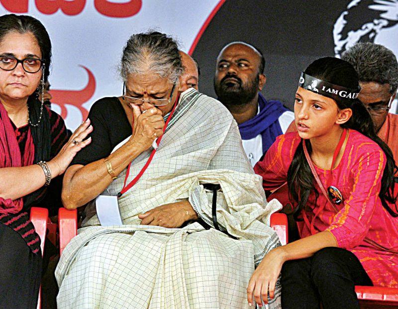 Civil Rights activist Teesta Setalvad with Indiramma Lankesh. (Photo: R. Samuel)