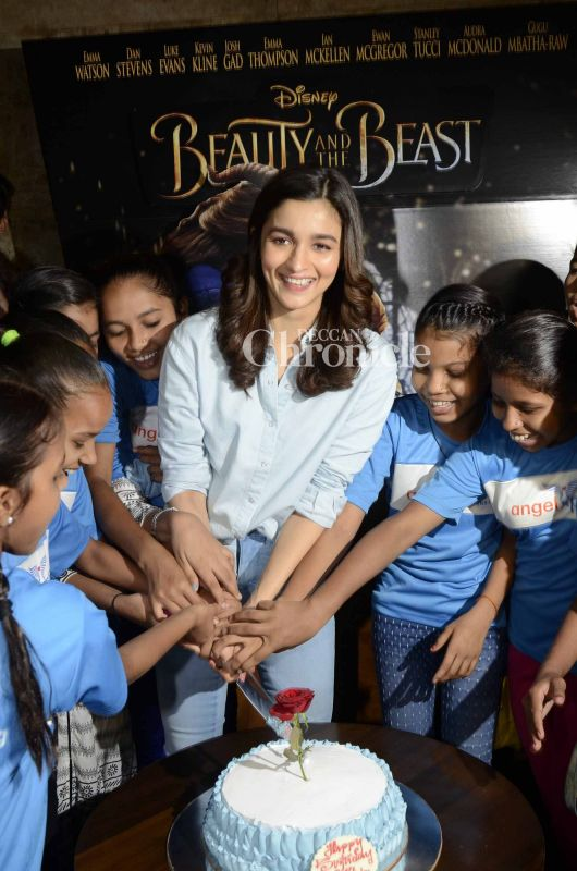 Alia, who turned 24 on 15 March, also celebrated her birthday with the kids.
