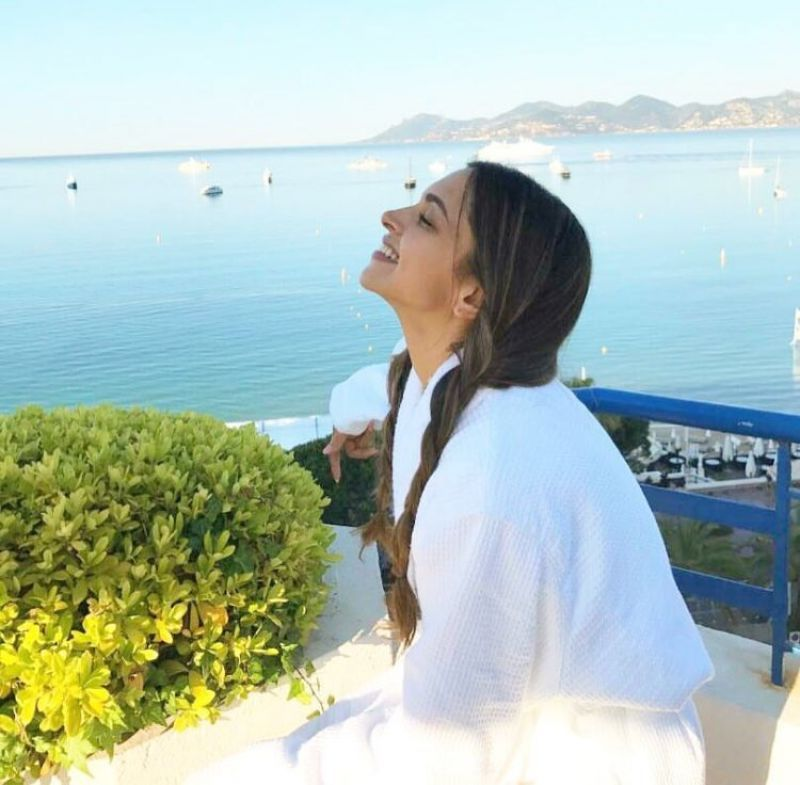 The actress just enjoying the beautiful view and the weather on Wednesday, a day before she walked the red carpet.