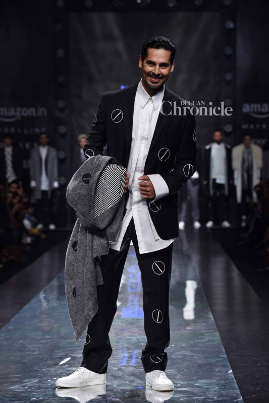 Dino Morea started his career in the modelling industry and the ramp felt like home to the actor.