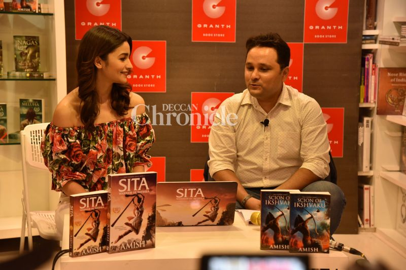 After Raveena Tandon had launched the cover of the book, another actress has lent her support to the book.