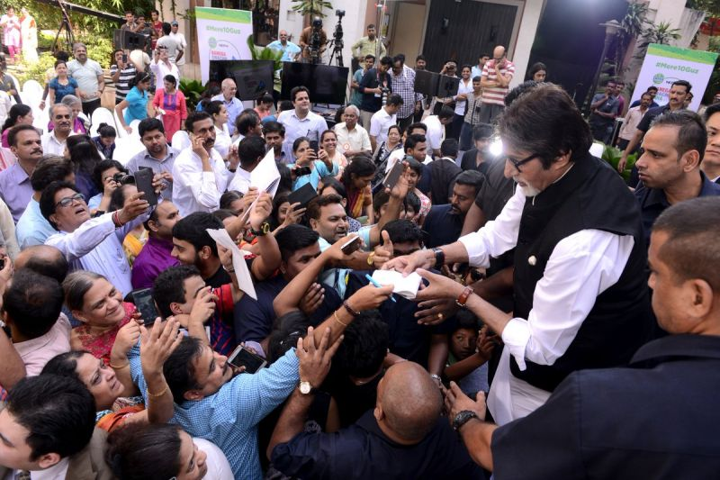 Fans are always keen to meet Amitabh Bachchan.