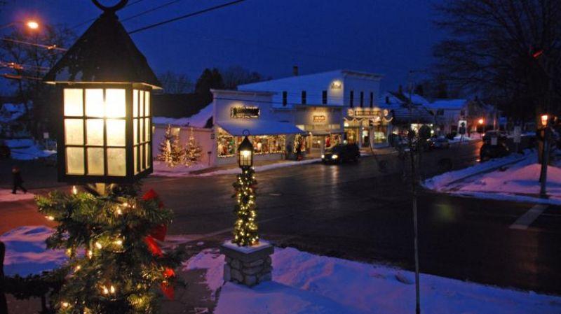 Fish Creek Main Street Holiday Scene
