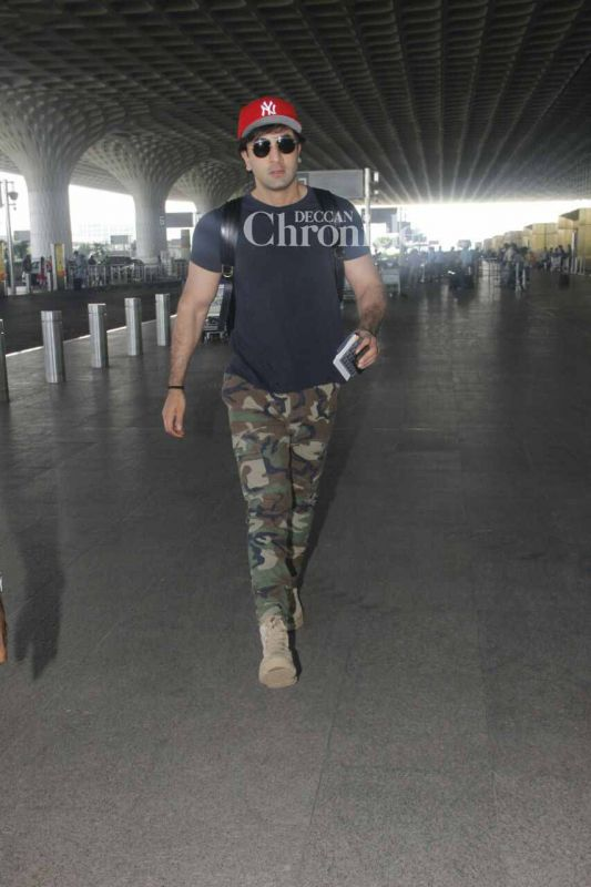 Ranbir Kapoor was seen arriving at the Mumbai airport.