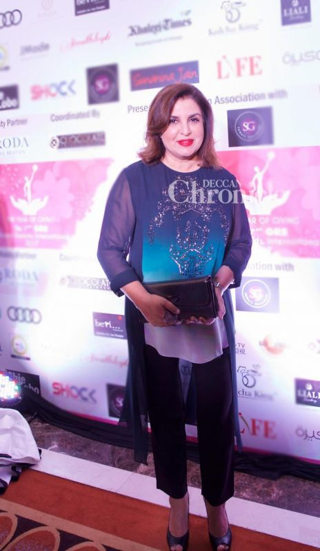 Farah Khan smiles for the cameras at the event.