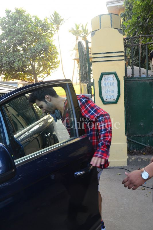 The actress wasn't alone. Alia was accompanied by her 'Badrinath Ki Dulhania' co-star Varun Dhawan.