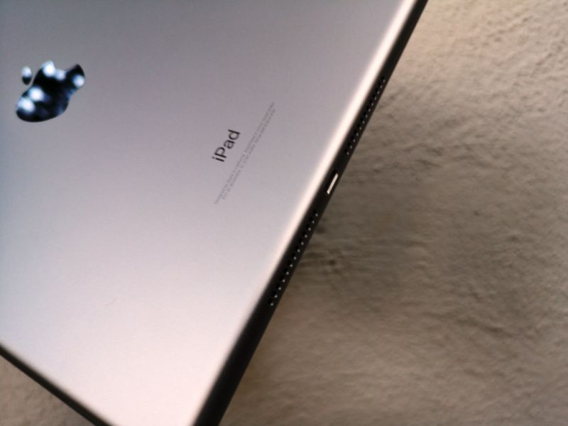 Apple iPad 2018 review