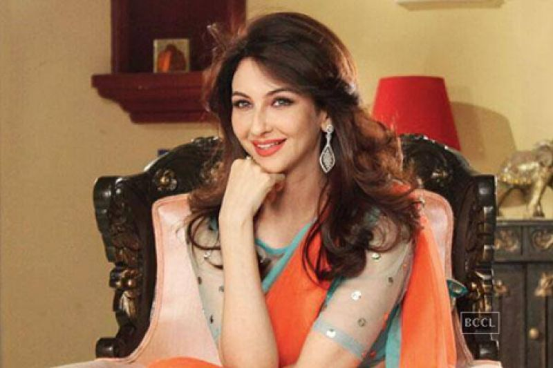 Saumya Tandon investing in cab aggregators: Saumya Tandon, who played Kareena Kapoor's sister in Jab We Met, and now stars in popular television series, Bhabhiji Ghar Par Hain, made investment in the auto-rickshaw aggregator Jugnoo.