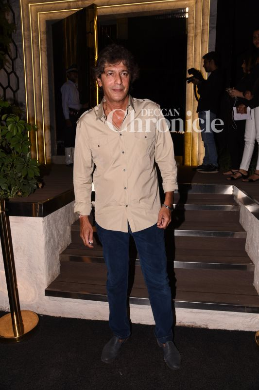 Chunky Pandey has always been close to Shah Rukh's family.