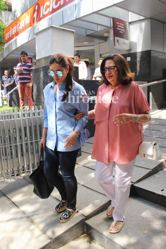 Kareena Kapoor Khan took her mother Babita out for lunch for her birthday.