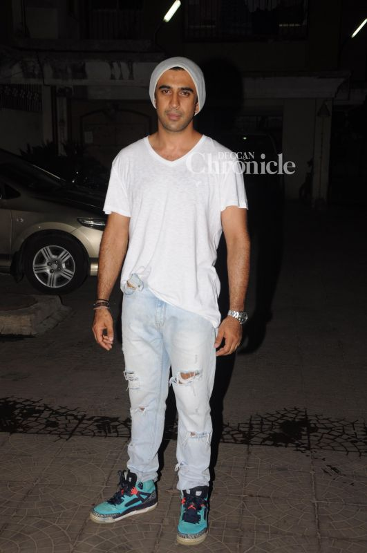 Amit Sadh was snapped in Versova.