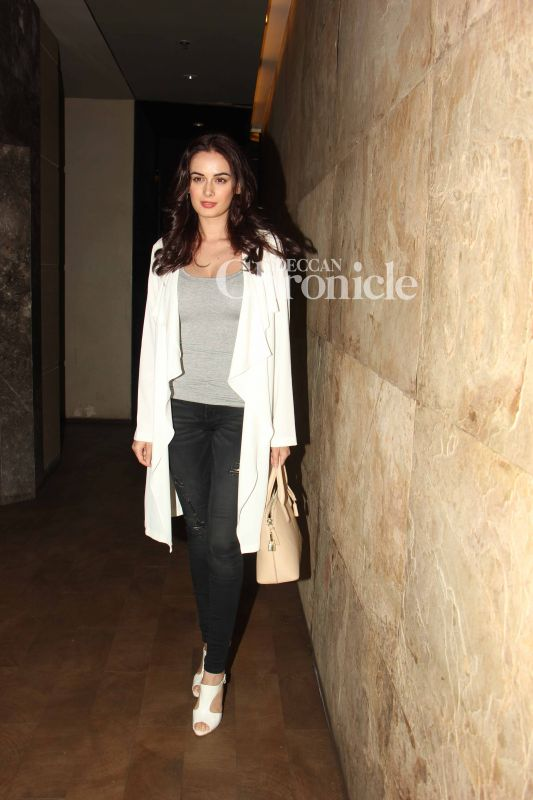 Evelyn Sharma came out in style for the screening.