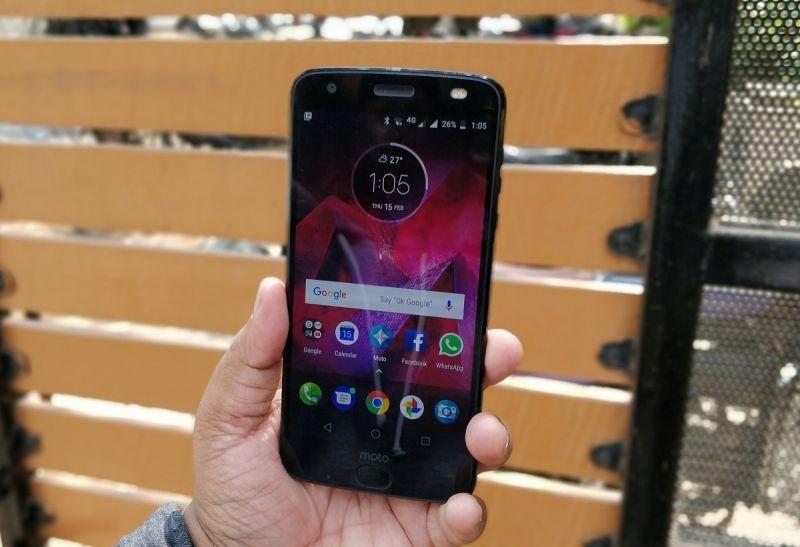 Motorola Moto Z2 Force review
