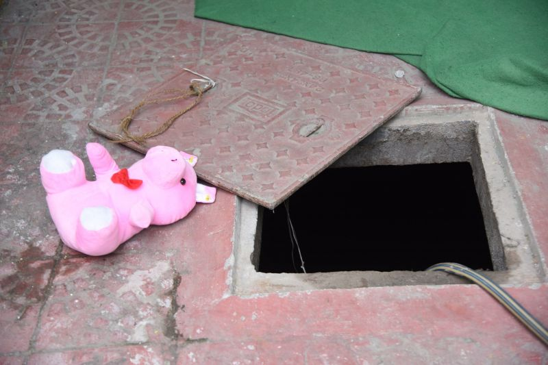 Hyderabad: Toddler drowns after falling into 5-feet open sump in playschool
