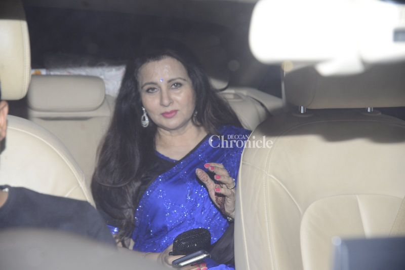 Poonam Dhillon was also clicked by the camera persons.