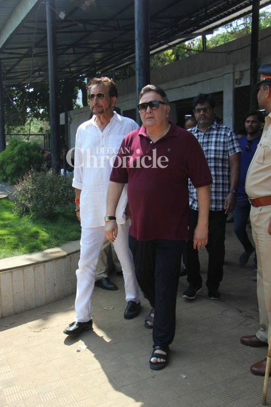 Rishi Kapoor and Kiran Kumar were also spotted during the ceremony.