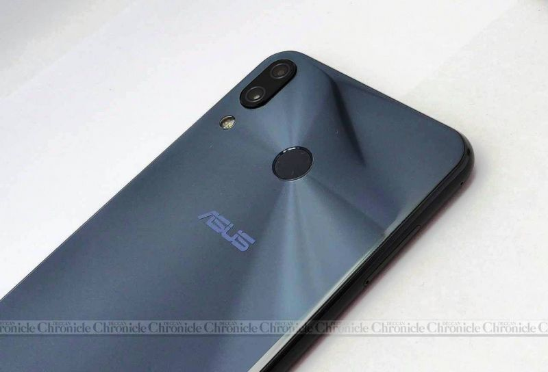 ASUS Zenfone 5z review (Deccan Chronicle)