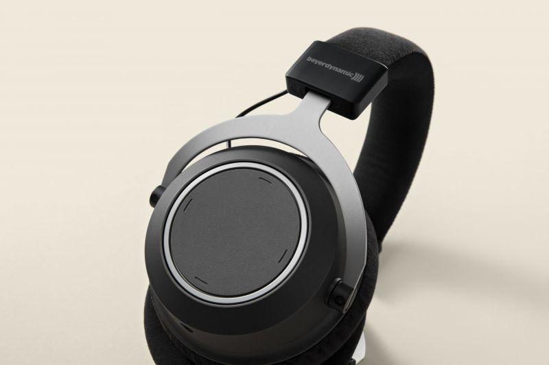 Beyerdynamic Amiron headphones