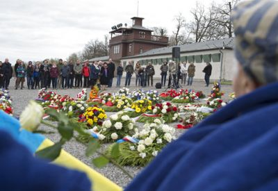 Others deported to Auschwitz included 150,000 Poles, 23,000 Romani and Sinti, 15,000 Soviet prisoners of war, 400 Jehovah's Witnesses, and tens of thousands of others of diverse nationalities.