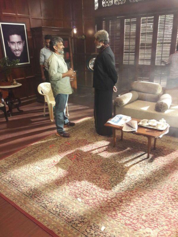 Rajamouli with Amitabh Bachchan on Sarkar 3 sets