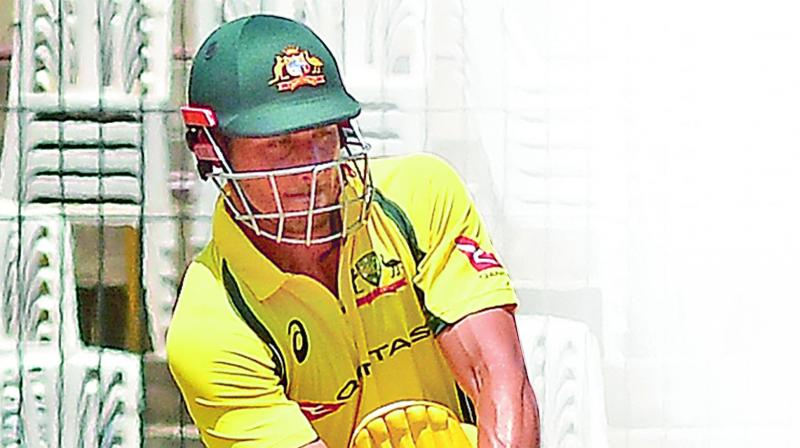 Stoinis stars in Australia's big warm-up win