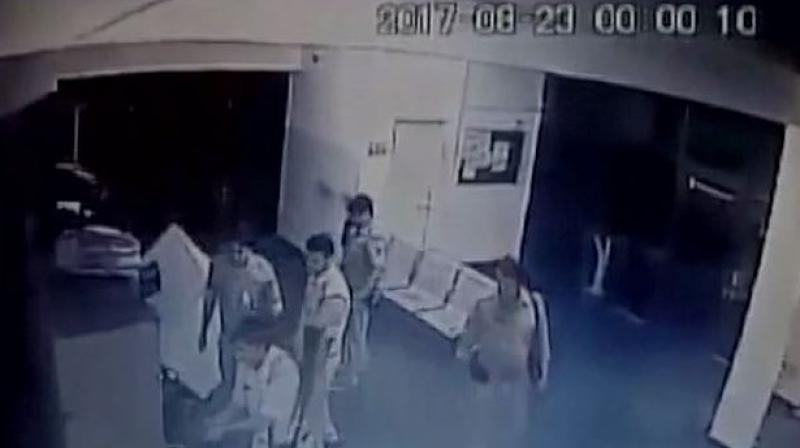 Caught On Cam: 6 Policemen Loot Agra Toll Plaza Of Rs 40k