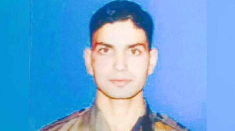 LeT terrorist involved in murder of Lt Umar Fayyaz killed in Kulgam