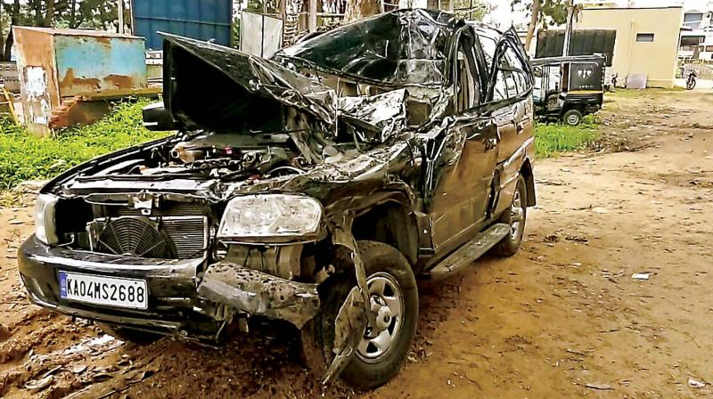 Mahanadi actors Rachana and Jeevan die in auto accident