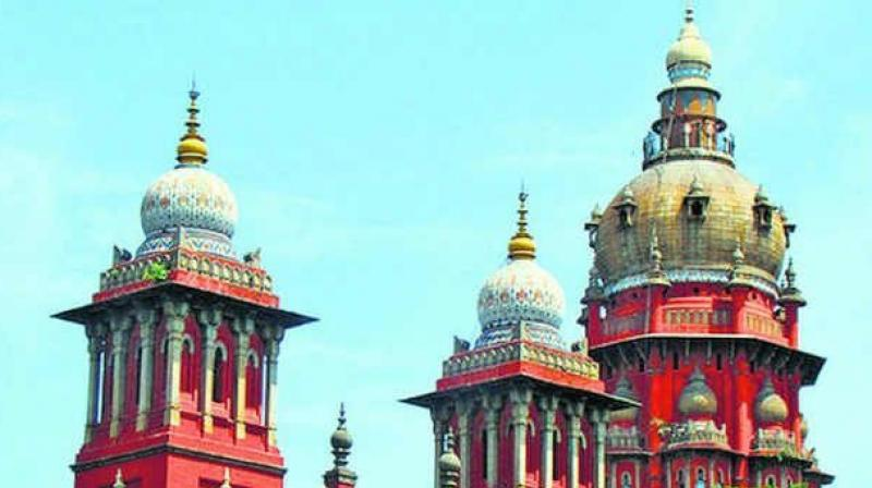 More than 100 students of Annaii Medical College and Hospital in Sriperumbudur have approached Madras high court.
