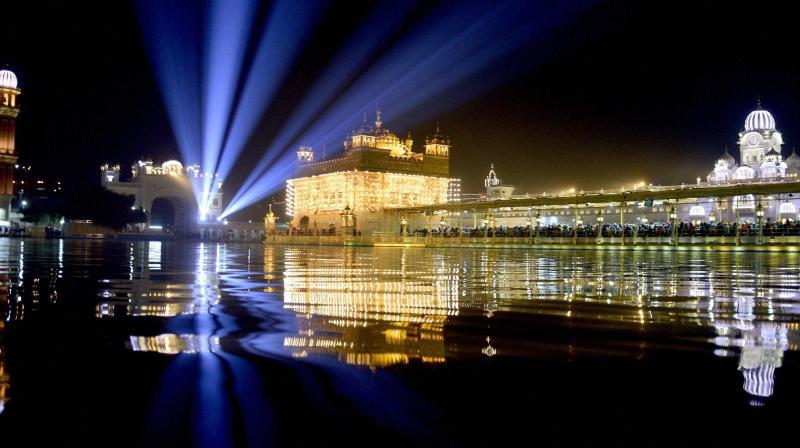 Guru Gobind Singh's parkash utsav kicks-off with colourful Nagar Keertan