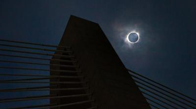 A total solar eclipse occurs when a moon moves in between the sun and Earth, lasting up to three hours. This year's solar eclipse was the first continent-wide eclipse that plunged various US cities into darkness. (Photo: AP)