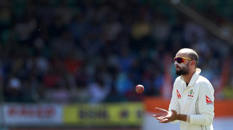India takes narrow first innings lead