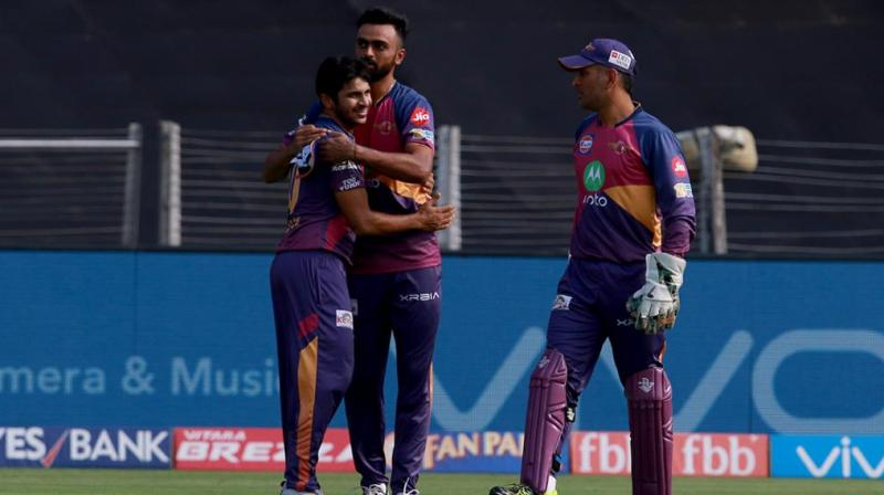 Dhoni, Sundar seal maiden final berth for RPS