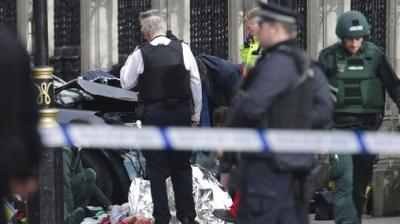 The UK House of Commons session has been suspended as witnesses reported sounds like gunfire outside. The latest report said that a policeman was stabbed inside the Parliament.
