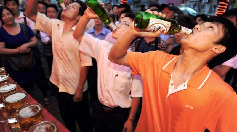 Study finds alcohol helps people speak foreign languages