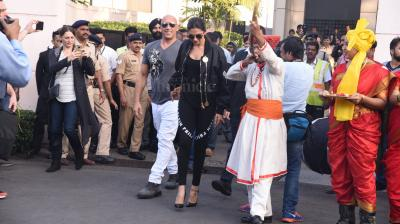 Deepika Padukone arrived in Mumbai, hand-in-hand with her co-star Vin Diesel, for the Indian premiere of their Hollywood film, 'xXx: Return of Xander Cage'. (Photo: Viral Bhayani)