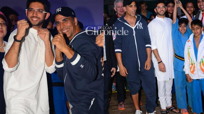 Akshay Kumar and Aaditya Thackeray were seen at the 2nd Kudo World Cup 2017 on Friday. (Photo: Viral Bhayani)