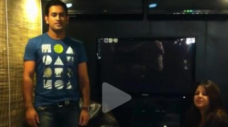 Watch MS Dhoni dancing on Desi Boyz song, Sakshi can't stop laughing