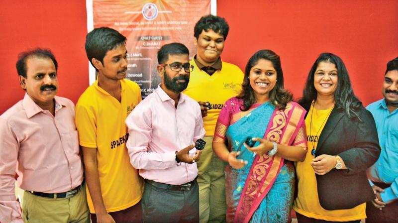 Team behind world's lightest satellite 'KalamSat' felicitated