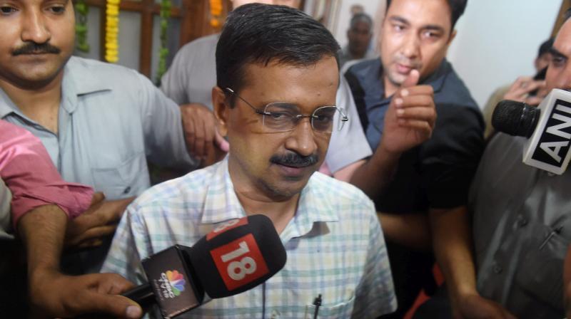 Kapil seeks CM's blessing to win battle against 'Guru'