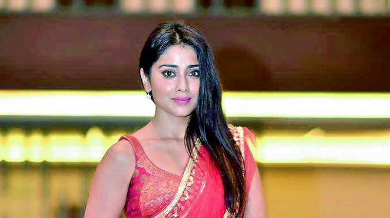 Cute Hd wallpaper of Shriya Saran South Indian actress