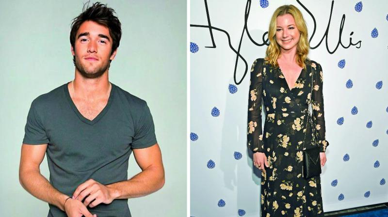 'Revenge' co-stars Emily VanCamp, Josh Bowman are engaged