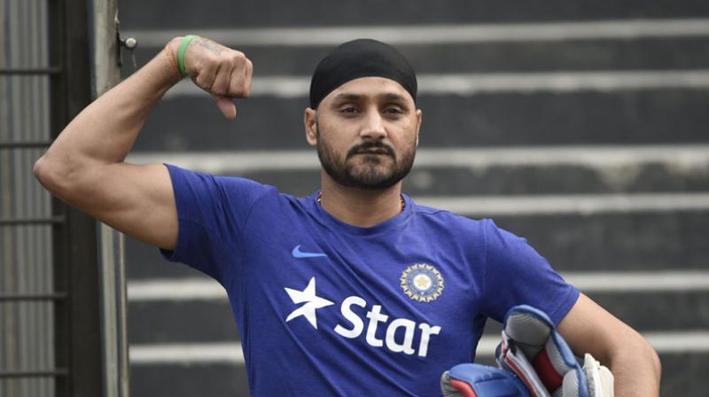 Harbhajan Singh slams Jet Airways pilot for racist actions