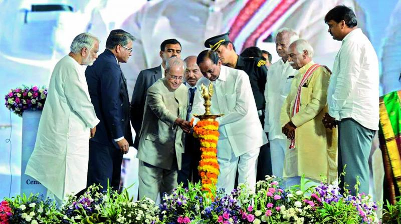 We should develop universities as temples of higher learning: President