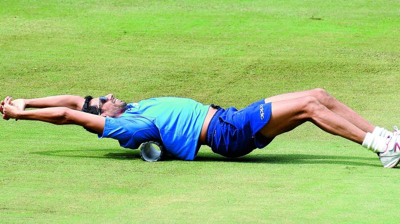 Ashish Nehra just doesn't want to lie low in team