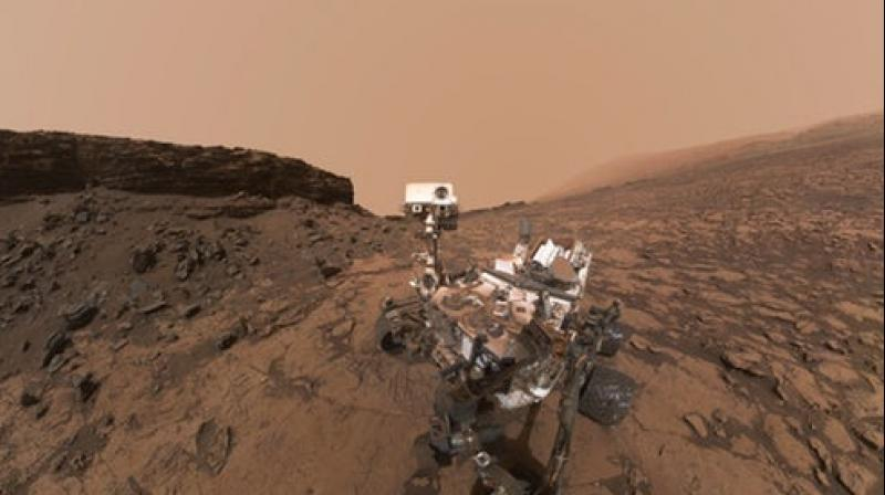 Watch Martian clouds scoot, thanks to NASA's Curiosity