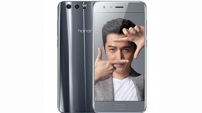 The Honor 9 will be available in Amber Gold, Black, and Blue colours.