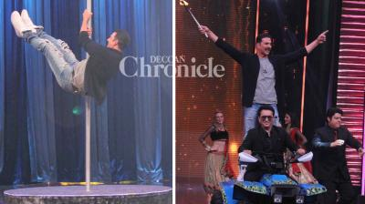 Akshay Kumar displayed his acrobatic skills as he made an apperance with Sajid Nadiadwala on the show 'Yaaron Ki Baraat' which is hosted by Sajid Khan and Riteish Deshmukh. (Photo: Viral Bhayani)